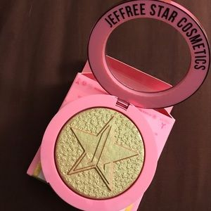NEVER SWATCHED jeffree Star money honeyhighlighter